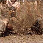 """Wojtek Aleksandrowicz """"Woodstockowe błotko"""" (2003-08-14 00:50:05) komentarzy: 31, ostatni: świetne zdjęcie"""