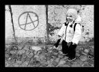 """rojo """"punk's not dead..."""" (2003-12-18 11:42:58) komentarzy: 25, ostatni: ,,cała anarchia miesci sie w uliczniku"""" :>"""