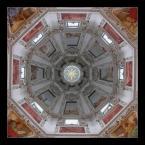 """Maciek Goździelewski """"Kopuła katedry w Salzburgu"""" (2004-01-14 21:33:01) komentarzy: 13, ostatni: Piekna mandala :-)"""