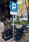 """adam wołosz """"policyjne maszyny"""" (2004-05-18 22:19:57) komentarzy: 6, ostatni: hehe dobre teraz już rowerami jeżdżą:))"""