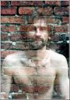 """Zbigniew Fidos """"człowiek z ...muru..."""" (2004-09-13 21:50:17) komentarzy: 89, ostatni: tu nie ma nic do rozumienia. Wyguguluj sobie """"podwójna ekspozycja"""". Coś takiego istniało jeszcze długo przed fotoszopem :o)"""
