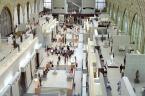 """baha7 """"muzeum impresjonizmu"""" (2004-10-11 17:54:18) komentarzy: 9, ostatni: cos interesujacego jest w tym kadrze ? moze ta biel i malotkie postacie zwiedzajacych sa takie proporcjonalne ......."""