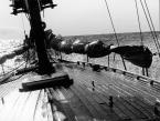 """Nagalfar """""""" (2004-11-01 12:19:12) komentarzy: 20, ostatni: Właśnie bardzo dobrze że krzywe, bo kto widział żeby statek płynął równo po morzu jak po asfalcie, to jest właśnie oddanie klimatu żeglowania"""