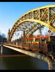 """wujek77 """"MZK"""" (2005-02-03 21:20:17) komentarzy: 13, ostatni: och ten nasz most...kadr mi niebardzo lezy....ale ogolnie pozytywne wrazenie"""