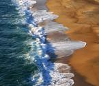 """borQT """"morze i już"""" (2005-08-11 17:55:50) komentarzy: 30, ostatni: dzięki - różnice przypływu mogą być nawet 2 m wysokości - na plaży przekłada sięto czasem w kilkanaście metrów, czyli zalewa poszczegolnych plażwiczów jeśłi plaża jest krótka i przenoszą się coraz wyżej i wyżej :)"""