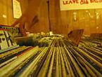"""satta """".."""" (2006-04-04 15:36:40) komentarzy: 12, ostatni: vinylove płyty klimat to tu jet oj taak  pozdrawiam  podoba mi się"""