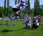 """Elvisowy """"7/7"""" (2006-06-29 15:27:57) komentarzy: 2, ostatni: gratuluję :) nie łatwo uchwycić rower w locie.."""