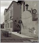 """Fantomas """"Breakfast at ..."""" (2006-12-13 22:36:51) komentarzy: 18, ostatni: ciekawe jest to , ze nikt nie wie co to za miasto mimo, ze z tego miasta jest mnostwo - czesto tandetnych zdjec jednego widoczka :P"""