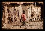 """soban78 """"pośpiech - niespotykany wśród Masajów"""" (2007-04-05 12:46:37) komentarzy: 13, ostatni: warunki w jakich żyją masajowie to jedno, a warunki zwykłego zjadacza chleba w kenii to drugie. osobiście wolałbym chyba warunki masajskie, bo przynajmniej stać ich na własne M1"""