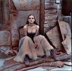 """june miller """"margo"""" (2007-05-25 11:18:04) komentarzy: 36, ostatni: świetne foto..mi się podoba poza modelki, to jak jest ubrana, sceneria i koloryt"""