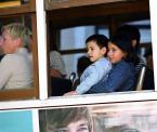 """karoten """"Miejsce przy oknie"""" (2007-05-31 23:23:29) komentarzy: 3, ostatni: chyba mało kto zauważa dół zdjęcia"""