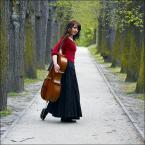 """ennio """"***"""" (2007-06-01 23:07:57) komentarzy: 38, ostatni: prześliczna wiolonczelistka..:)"""