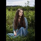 """DZID """"..."""" (2007-06-29 08:07:10) komentarzy: 30, ostatni: Dziewczyna zjawiskowa na tle siermiężnych ostów lub wybujałych ziół"""