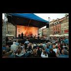 """Mieszko Pierwszy """"Koncert Michała Urbaniaka -Jazz na Starówce"""" (2007-07-16 16:12:20) komentarzy: 4, ostatni: Fajne foto oddające atmosferę tego koncertu ;)"""