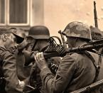 """Mopar """"jajajajaneinneinneinnein"""" (2007-08-05 14:45:26) komentarzy: 23, ostatni: """"...przybyli germani pod okienko..."""""""