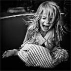 """MonikaMM """"Happy"""" (2007-08-15 21:23:04) komentarzy: 24, ostatni: świetna obróbka, kadr... o chwili nie wspomne :-)"""