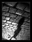 """Pe. """"obcy"""" (2007-09-20 21:21:50) komentarzy: 6, ostatni: fajne ujęcie, zamknięte w kadrze ale nie do końca"""
