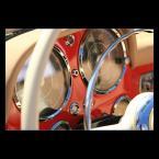 """Mieszko Pierwszy """"Magia starych samochodów (1)kawałek mercedesa 190SL ;)"""" (2006-08-22 15:30:14) komentarzy: 19, ostatni: BD, jedynie denerwuje mnie biała częśc kierownicy na 1 planie"""