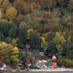 """Ravkosz """"Złota Polska ... beskidzka"""" (2007-11-05 21:17:57) komentarzy: 26, ostatni: ...a teraz wyludnione osuwisko. Zjeżdża zbocze ok. 6cm/miesiąc :("""