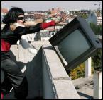 """maurycy """"Tv kłamie"""" (2007-11-30 19:35:03) komentarzy: 22, ostatni: zamierzone zdjecie akcji, bez akcji."""