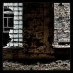 """Gundross """"Dwa jakże różne okna"""" (2008-01-23 01:28:42) komentarzy: 5, ostatni: :) no uwazaj na siebie sztuka sztuka...zdrowie podstawa :)"""