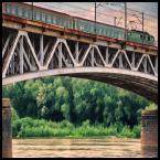 """malisz """"żywot człowieka pod mostem"""" (2008-06-02 23:14:10) komentarzy: 16, ostatni: bardzo interesujący kadr, podoba się :)"""