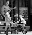 """sandiego """"pan z wózkiem TUTAJ!!!"""" (2008-06-04 10:56:38) komentarzy: 34, ostatni: http://plfoto.com/1205892/zdjecie.html"""