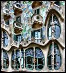 """Cigana """"Gaudi"""" (2008-06-07 21:38:36) komentarzy: 15, ostatni: tez kiedys zrobie zdjecie tego budynku...z bliska;)piekny jest"""