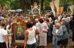 """Slawekol """"z fotoreportażu \\""""Odpust\\"""""""" (2008-09-10 09:41:38) komentarzy: 10, ostatni: Polska- ostoja katolicyzmu na świecie - taką wypowiedź usłyszałam na CNN... i co ja się dziwiłam...?! Aż strach pomyśleć """"Mocher power"""""""