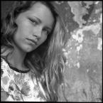 """CiasteczkowyPotwór """"..."""" (2008-09-14 14:13:42) komentarzy: 4, ostatni: dobry portret"""