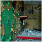 """invention """"* ( layers )"""" (2008-09-25 09:57:24) komentarzy: 19, ostatni: uwielbiam zdrapywać farbę płatami ze ścian... :P"""