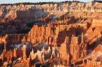 """Chrisl """"Bryce w autentycznym świetle wschodzącego słońca..."""" (2008-10-16 18:20:26) komentarzy: 2, ostatni: piękne kolory... ale czegoś mi brakuje w tym zdjęciu"""