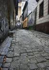 """marcin8530 """"Bileskie Zakamarki..."""" (2008-10-19 15:45:06) komentarzy: 5, ostatni: Najbardziej znany zaułek mojego miasta... Troszke leci w prawo, warto podprostować.. ale i tak czuję klimacik tego miejsca :)"""