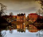 """zbigniew-en """"Bajkowy mostek"""" (2008-11-18 23:16:53) komentarzy: 36, ostatni: Wrocław przystań Gondoli koło Muzeum Narodowego;) Dla przypomnienia podam też fakt:) Najpierw we Wrocławiu były gondole dopiero dużo później w Wenecji;)"""