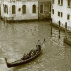 """Artrosis """"Gondolier"""" (2008-12-10 21:00:55) komentarzy: 11, ostatni: Tam byłem ale nie udało mi się tak pokazać uroku Wenecji.. Pozdrowienia."""