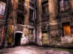 """Bobikow """"Łódzkie podwórko przyul.Zielonej"""" (2008-12-14 16:19:01) komentarzy: 12, ostatni: HDR-y idealnie nadają się do przedstawiania takich miejsc."""