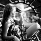 """Kasperthesuperphotographer """"Justyna Uzbrojona"""" (2008-12-20 18:47:14) komentarzy: 13, ostatni: wracam tu...podoba sie bardzo."""