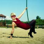 """Starfucker """"..."""" (2009-01-18 16:08:38) komentarzy: 14, ostatni: Moim zdaniem najlepsze zdjęcie z twej kolekcji z bardzo oryginalnym ujęciem huśtawki (?)."""