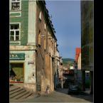 """Andres42 """"W Kłodzku"""" (2009-02-04 16:51:49) komentarzy: 8, ostatni: Wąski chodnik, ale za to zapewnia bezpieczeństwo."""