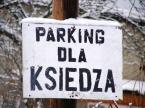 """Maciek Froński """"Parking dla księdza"""" (2009-02-25 08:58:15) komentarzy: 16, ostatni: Dla owieczek jest zielona trawka ;)"""