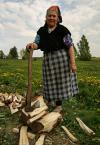 """lelo999 """"***"""" (2009-05-04 20:45:28) komentarzy: 6, ostatni: Gdzie drwa kobiety rąbią tam uśmiechy lecą :))"""