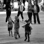 """Will Grey """"***"""" (2009-05-06 23:08:01) komentarzy: 3, ostatni: Piękne pełne radości zdjęcie.Bardzo lubię."""