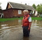 """Slawekol """"Powódź u Filipskich - 1"""" (2009-06-30 13:56:48) komentarzy: 66, ostatni: gratuluję polecanego :) zgadzam się z  Tarantellą, zdjęcie dobre"""
