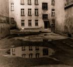 """sirGrzegorz """"Podwórko..."""" (2009-07-10 16:15:00) komentarzy: 14, ostatni: pomysłowe i dobrze wykonane:)"""