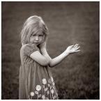 """Zbigniew Fidos """""""" (2009-07-11 10:21:13) komentarzy: 23, ostatni: Świetna fota fajny dziecięcy portret"""