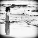 """monikita """"mały człowiek i morze......"""" (2009-08-13 22:38:47) komentarzy: 15, ostatni: fajn"""
