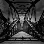 """Kaj_tom """"most"""" (2009-08-26 18:46:29) komentarzy: 10, ostatni: duże brawa"""