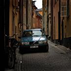 """Nickita """"są wszędzie..."""" (2009-09-09 23:24:12) komentarzy: 8, ostatni: Niby nic, auto, rower, pustka uliczki....a jednak cos za tym głebiej jest!"""