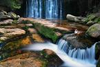 """Emiil """"Dziki wodospad w Karpaczu"""" (2009-09-22 09:51:20) komentarzy: 30, ostatni: ciekawie wypełniony kadr, gdyby wyprostować 10 ;)"""