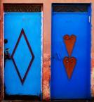 """asiasido """"niebieskie podwójne drzwi"""" (2009-10-15 16:20:36) komentarzy: 10, ostatni: zjaefajne kolorki"""